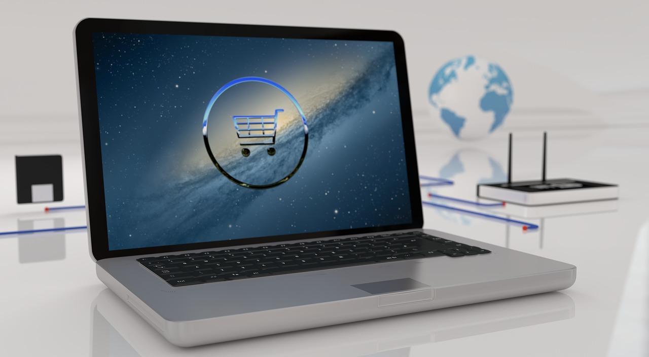 Reklamy sklepów internetowych pojawiają się w całej sieci